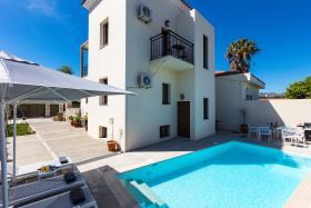 Image No.9-Villa de 4 chambres à vendre à Rethymnon