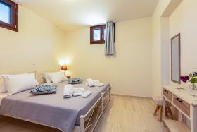 Image No.34-Villa de 4 chambres à vendre à Rethymnon