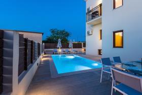 Image No.40-Villa de 4 chambres à vendre à Rethymnon