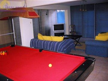 lower-floor-family-rm1800autojpg100