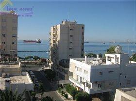 Neapolis, Apartment