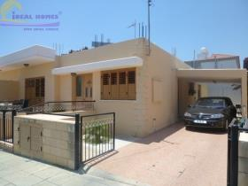 Limassol, Bungalow