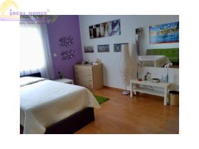Image No.2-Maison de ville de 3 chambres à vendre à Limassol
