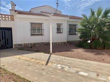 smileyhomesvilla-for-sale-quesada-9