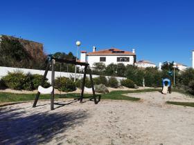 Image No.12-Villa de 4 chambres à vendre à Bombarral