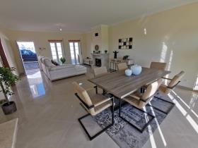 Image No.13-Villa de 4 chambres à vendre à Bombarral