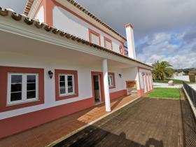 Image No.1-4 Bed Villa for sale
