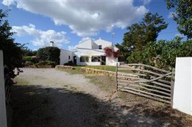 Image No.41-4 Bed Country House for sale