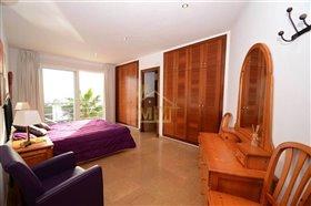 Image No.12-Villa de 4 chambres à vendre à Es Mercadal