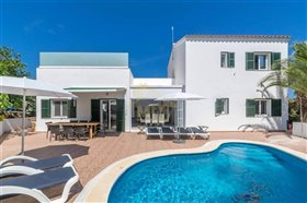 Image No.1-Villa de 4 chambres à vendre à Es Mercadal