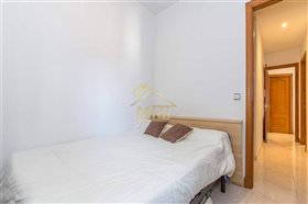 Image No.11-3 Bed Apartment for sale