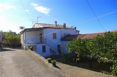 1 - Cosenza, Country House