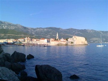 Further-view-to-Budva-Old-Town---Beach