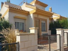 Image No.0-2 Bed Villa for sale