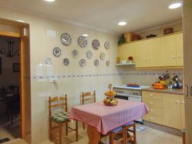 Image No.7-4 Bed Townhouse for sale