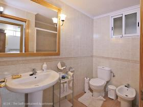 Image No.26-5 Bed House/Villa for sale