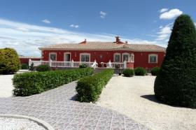 Image No.0-Villa de 3 chambres à vendre à Hondón de las Nieves