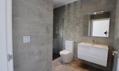 ab4fa6a5-choice-of-tiles-bathrooms