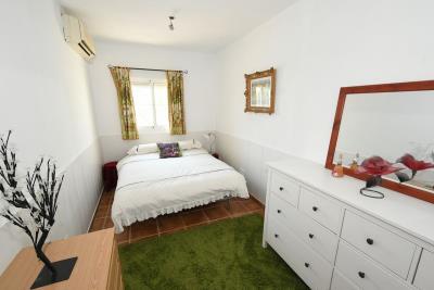 2024_5_bedroom_finca_060919103951_tn_cr5_5619