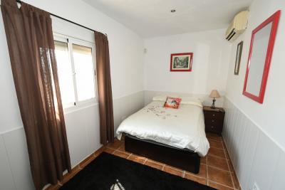 2024_5_bedroom_finca_060919103952_tn_cr5_5615