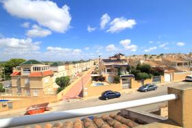 Image No.27-3 Bed Townhouse for sale