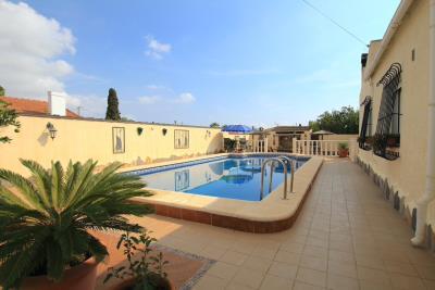 47324_charming_3_bed_2_bath_villa_with_pool___garage_081021065953_img_1323