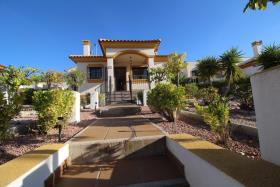 Hondón de las Nieves, Villa