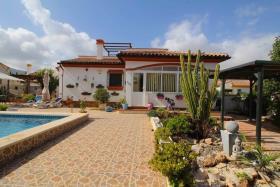 Image No.8-Villa / Détaché de 3 chambres à vendre à Hondón de las Nieves
