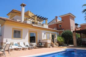 Image No.1-Villa / Détaché de 3 chambres à vendre à Hondón de las Nieves