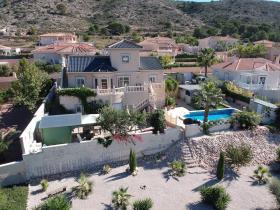 Image No.2-Villa / Détaché de 7 chambres à vendre à Hondón de las Nieves