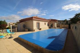 Image No.2-Villa / Détaché de 3 chambres à vendre à Hondón de las Nieves