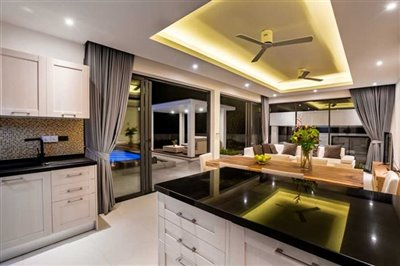 sunway-villa-b2living-room-eve