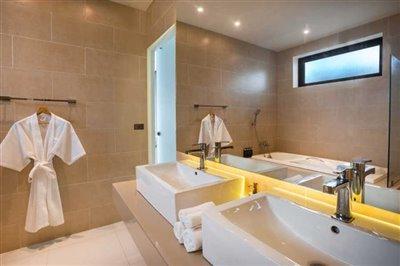 sunway-villa-b2bathroom-1