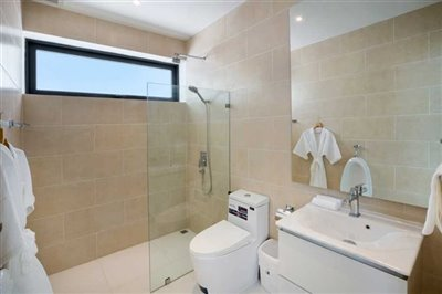 sunway-villas-b2bathroom-2
