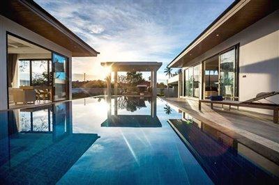 sunway-villa-b2pool-view