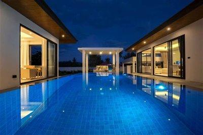 sunway-villa-b2pool-view-eve