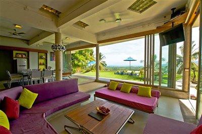 2nd-floor-lounge-views