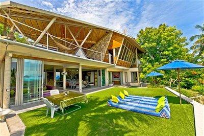 2nd-floor-lounge-terrace
