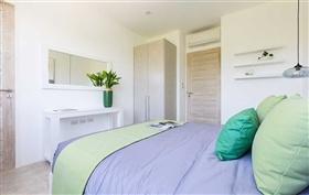Image No.20-4 Bed Duplex for sale