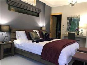 Image No.28-3 Bed Villa for sale
