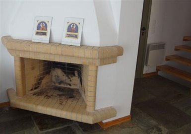 andros-traditional-houses-villaA-fireplace-600x420