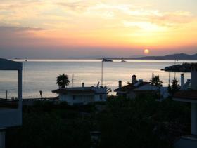 Image No.1-Maison de 4 chambres à vendre à Saronida