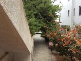 Image No.3-Maison de 4 chambres à vendre à Saronida