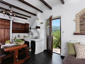 Image No.6-4 Bed Hotel for sale
