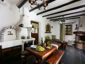 Image No.7-4 Bed Hotel for sale