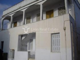 Image No.9-8 Bed House/Villa for sale
