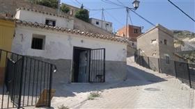 Mula, Property
