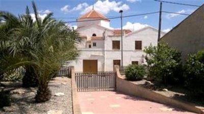 710-villa-for-sale-in-las-palas-9-large