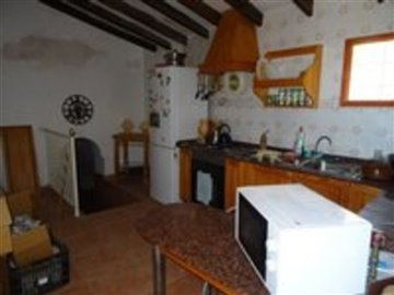 1097-country-house-for-sale-in-elche-17902-la