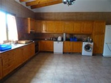 1097-country-house-for-sale-in-elche-17890-la